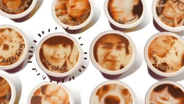 imprimir tu cara en un café