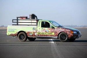 El coche está decorado con motivos Fairtrade de Comercio Justo, qué mejor café para un coche ecológico como este :)