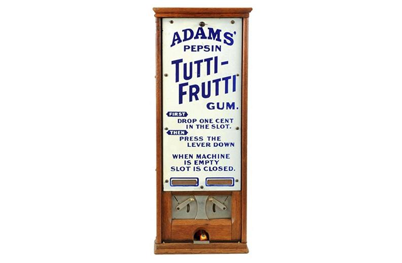 Primer modelo de expendedora de chicles de Thomas Adams
