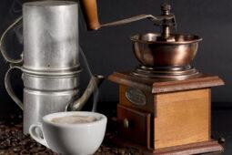 Un café en la cuccumella napolitana